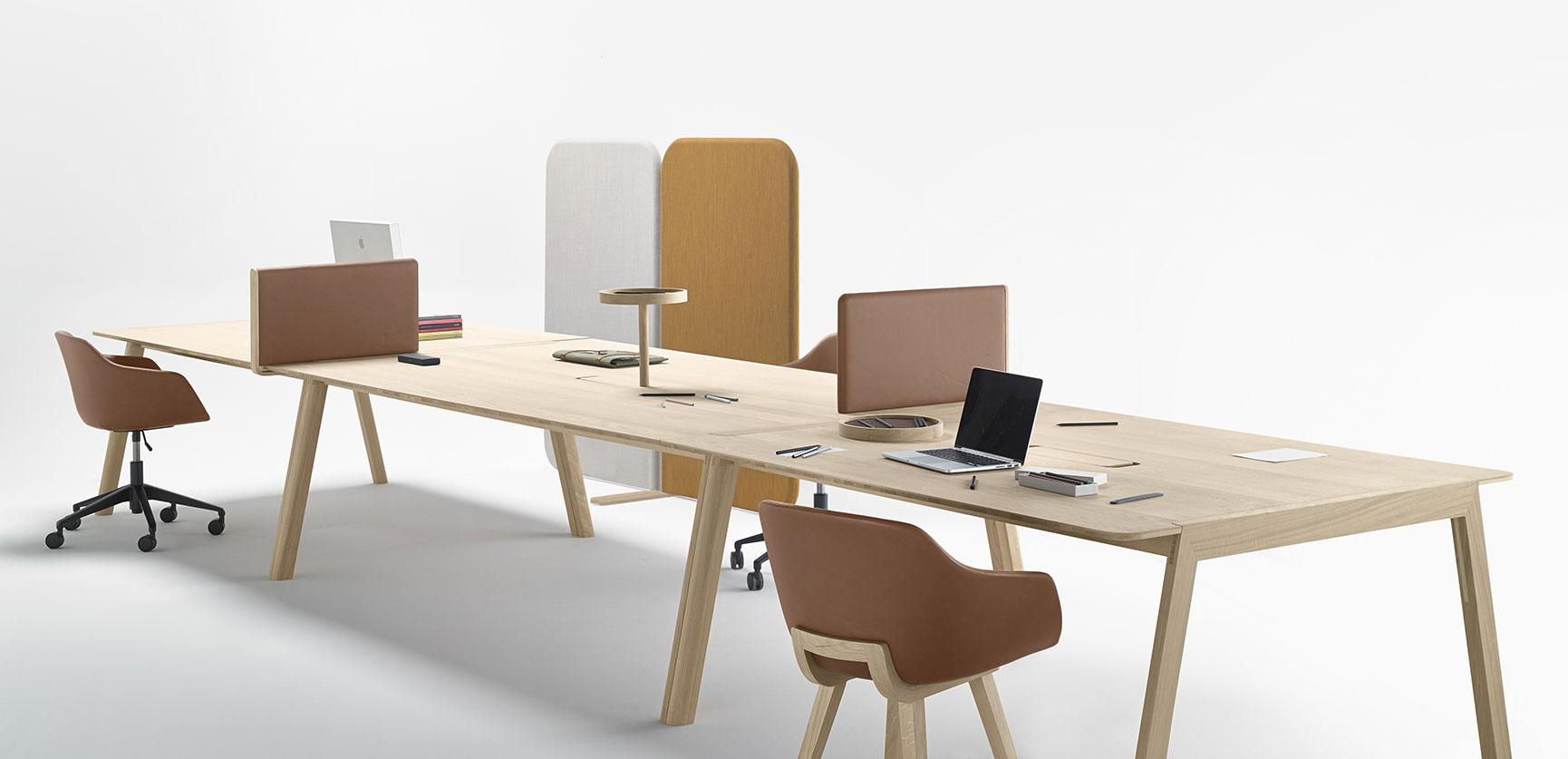 Alki meubles contemporains en bois fabriqu s au pays for Table bureau design